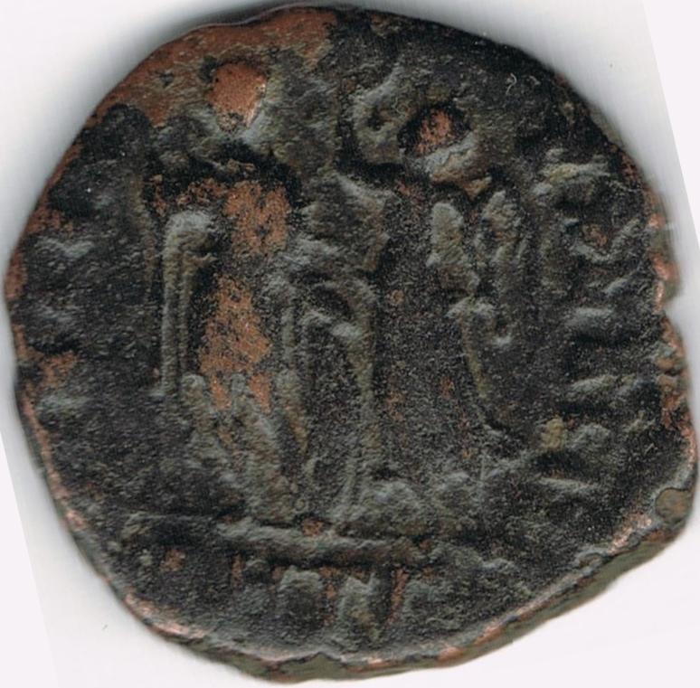 AE3 de Honorio. VIRTVS EXERCITI. Antioquía IR10_B