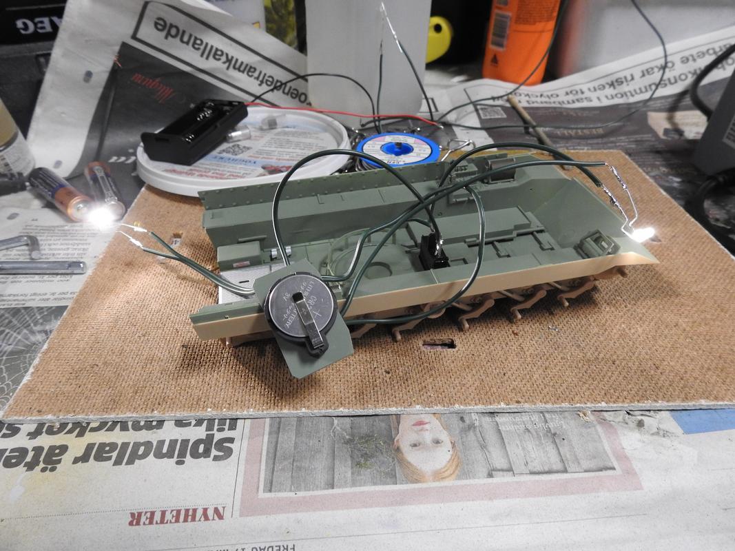 M3A3 Bradley TUSK III- Meng 1/35 - Sida 2 DSCN6069