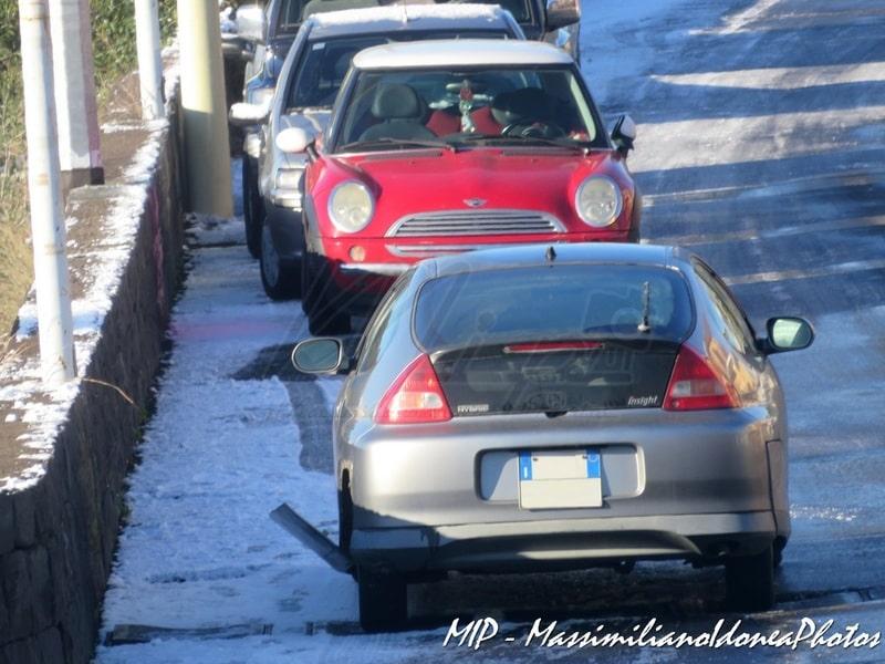 Auto Abbandonate - Pagina 38 Honda_Insight_ZA961_VN_2
