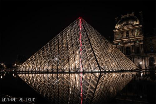 Die Erde, in der wir leben und der Raum, der die Welt ist - Seite 15 Louvre_02