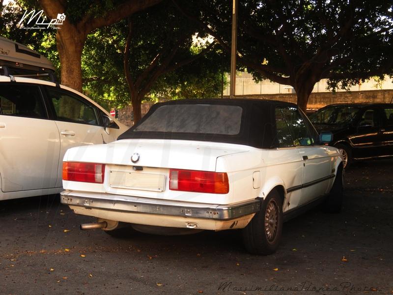 avvistamenti auto storiche - Pagina 37 Bmw_E30_320_Cabriolet_2.0_129cv_89_ME492286