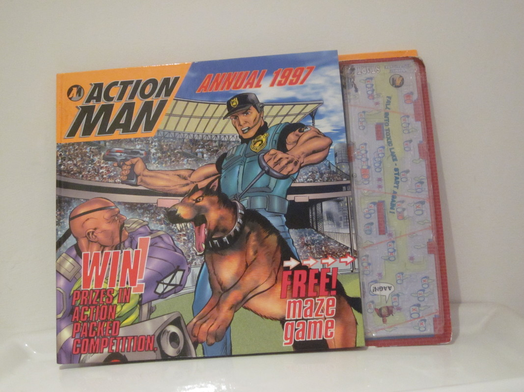 Action Man annuals and books IMG_3930