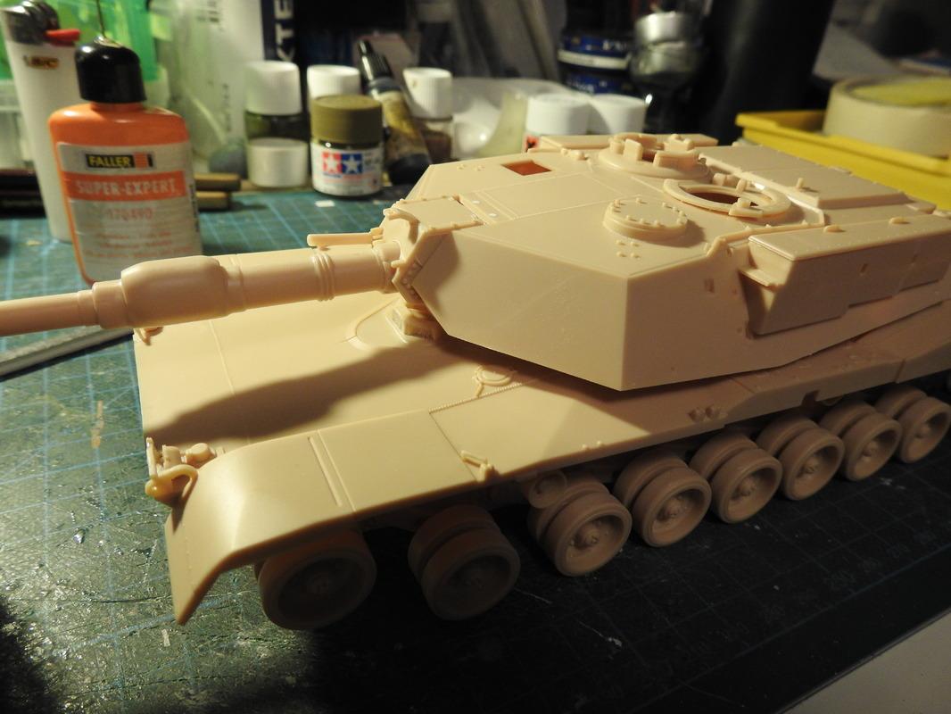 M1A1 Abrams 1/35 - Academy DSCN3824