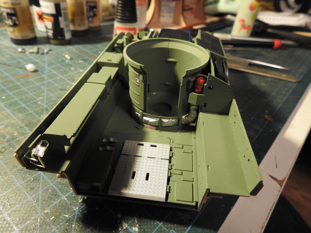 M3A3 Bradley TUSK III- Meng 1/35 - Sida 2 DSCN6072