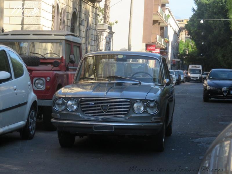 avvistamenti auto storiche - Pagina 40 Lancia_Flavia_CT165700_e_Land_Rover_90_2.3_D_60cv_84_CT644569