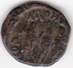 AE4 de Teodosio II GLORIA ROMANORVM IR249_B