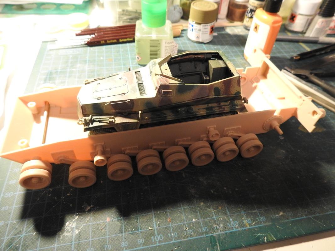 M1A1 Abrams 1/35 - Academy DSCN3790
