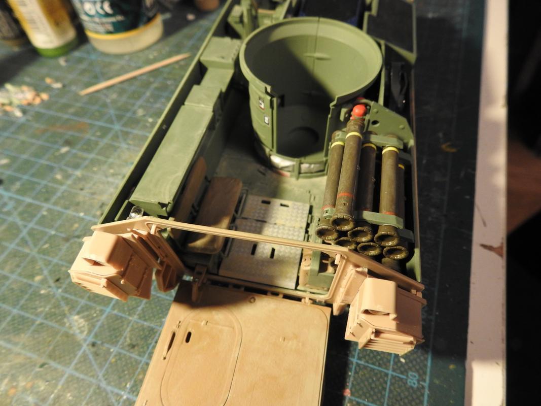 M3A3 Bradley TUSK III- Meng 1/35 - Sida 4 DSCN6391