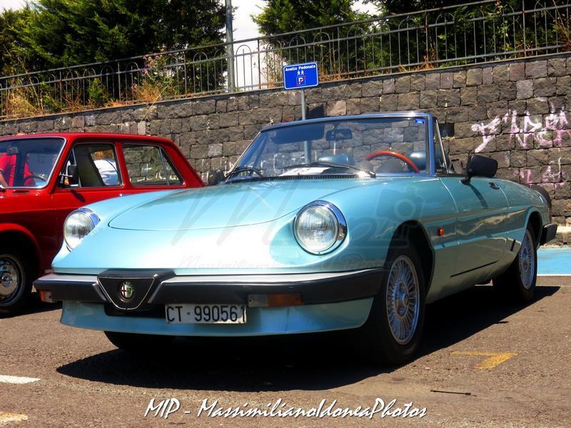 1° Raduno Auto d'Epoca - Gravina e Mascalucia - Pagina 3 Alfa_Romeo_Spider_1.6_103cv_84_CT990561_2