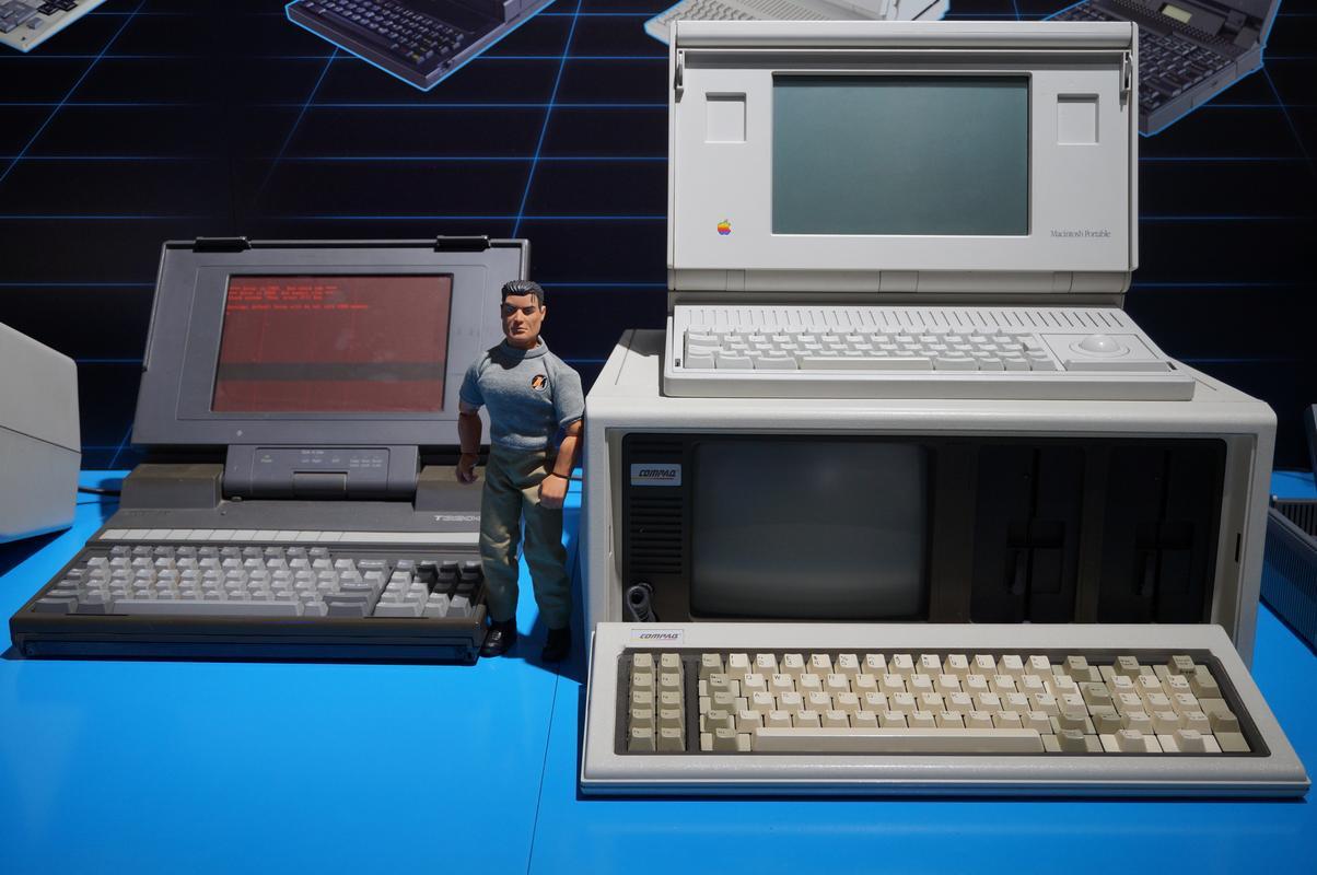 My MAM visiting  Cambridge Computer History Museum. B2_B1_C2_A6-8_D92-41_FF-8_DC5-81_B98_BAD2_D6_A