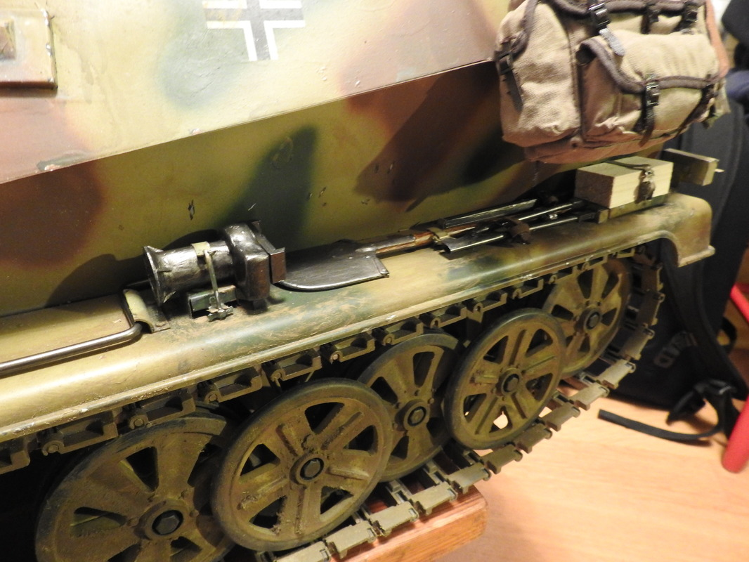 SdKfz 250 Armor Hobbies 1/6 - Sida 18 DSCN3477