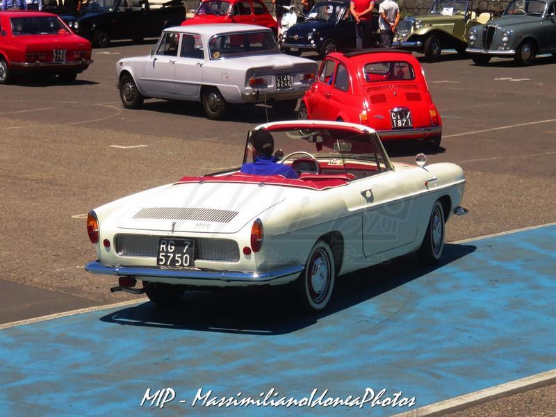 1° Raduno Auto d'Epoca - Gravina e Mascalucia - Pagina 3 Renault_Caravelle_1.1_64_RG075750_1