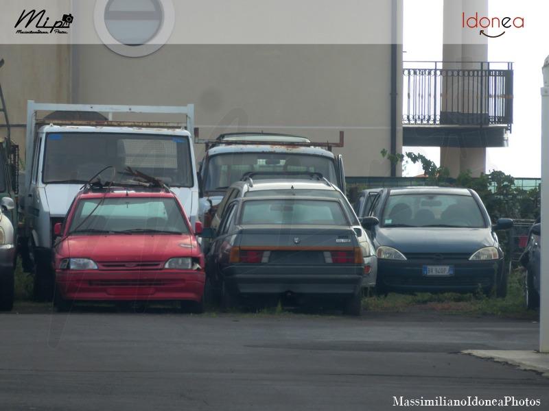 Auto Abbandonate - Pagina 38 Alfa_Romeo_75_1.8_e_Ford_Escort_SW