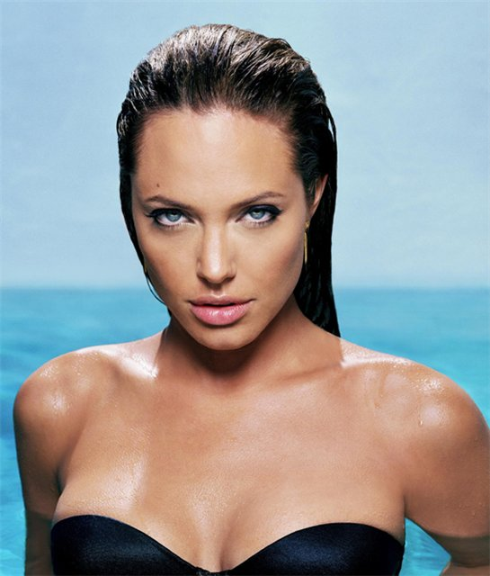Анжелина Джоли / Angelina Jolie - Страница 2 2c3e28fbf39b