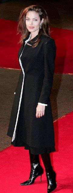 Анжелина Джоли / Angelina Jolie - Страница 2 8addd7436026