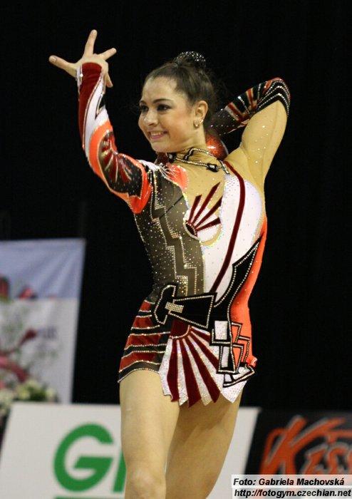 Anna Gurbanova - Page 2 9d01d4096077