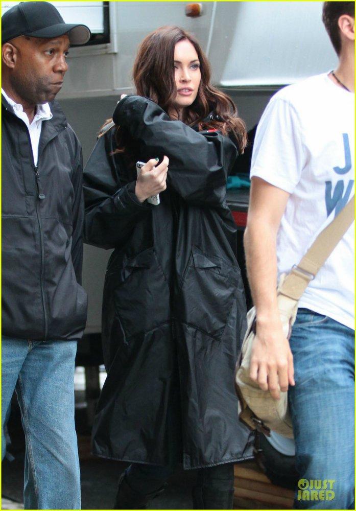 Megan Fox - Страница 14 Ec703a3d7ca1
