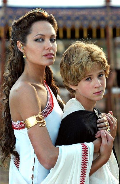 Анжелина Джоли / Angelina Jolie - Страница 2 92006e98ef48