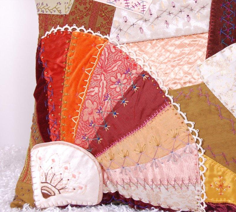 Потрясающие рукодельные декоративные подушки Aedef10d6e2e