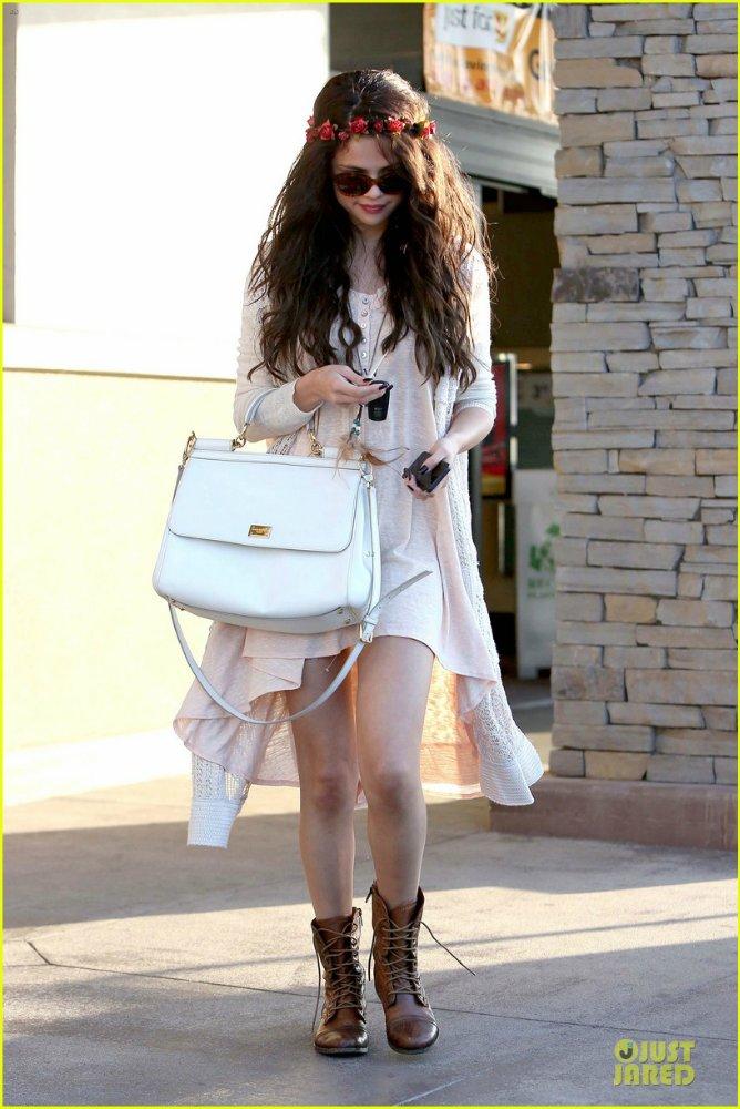 Selena Gomez | Селена Гомес - Страница 9 46c9090730ca
