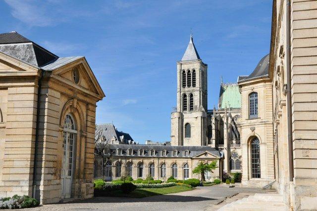 Les nouveaux bâtiments conventuels des XVII° et XVIII° siècles E14093d8f917