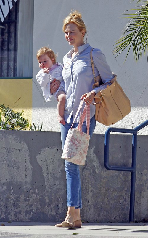 Nicole Kidman - Страница 2 261603f1df6b