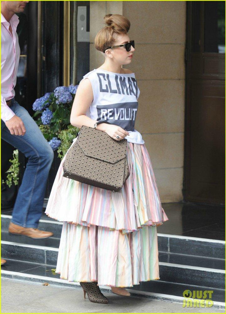 Lady GaGa  - Страница 5 8b990a2ab0a1