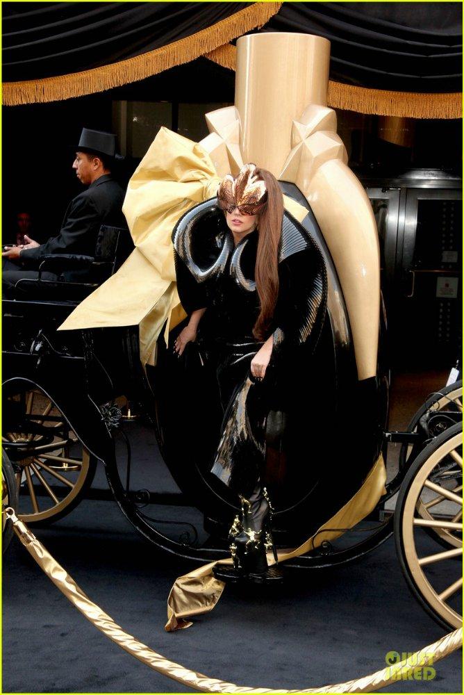 Lady GaGa  - Страница 5 Ce43e0bab976