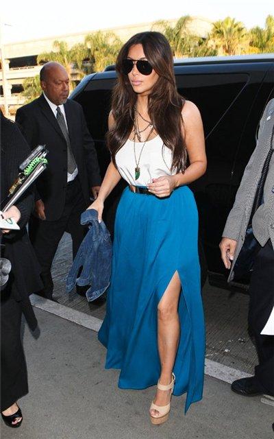 Kim Kardashian  - Страница 2 53be00d8a083