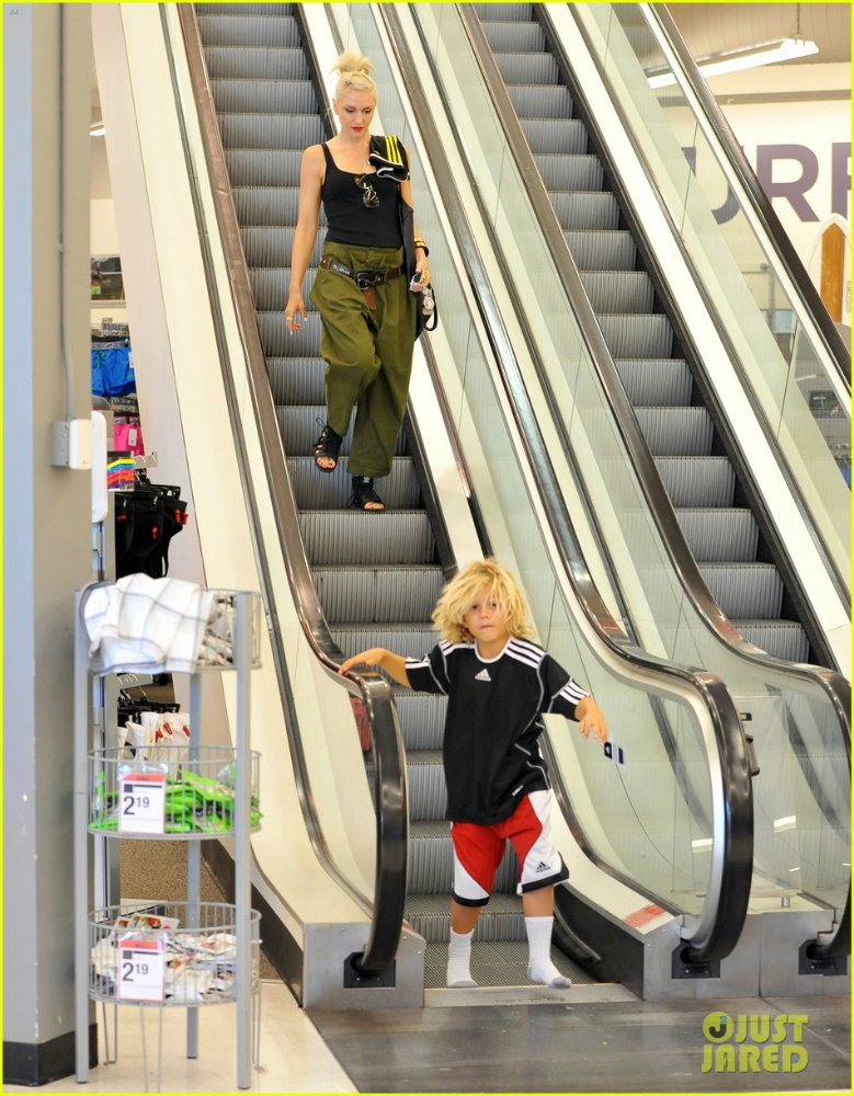 Gwen Stefanie - Страница 6 03d102eadde3