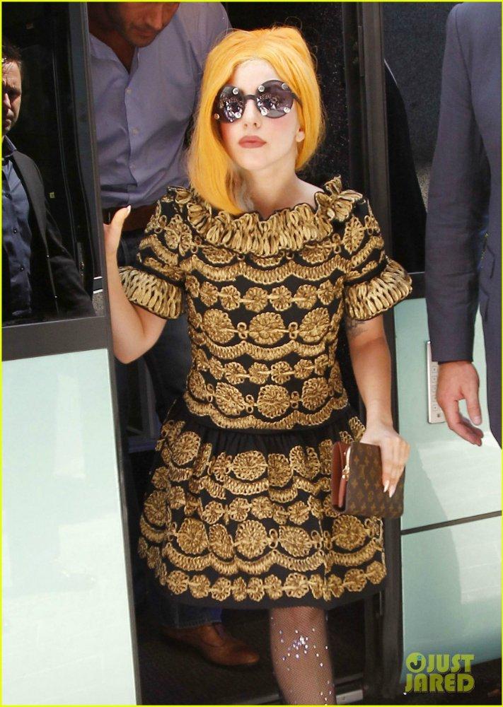 Lady GaGa  - Страница 4 8c6259496625