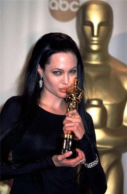 Анжелина Джоли / Angelina Jolie - Страница 2 E1dfbe3d6d79