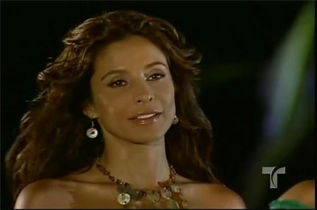 Лорена Рохас/Lorena Rojas - Страница 4 B085e9610f55