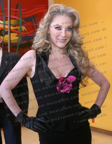 Эдит Гонсалеc/Edith Gonzalez - Страница 2 5a6a021b1e9f
