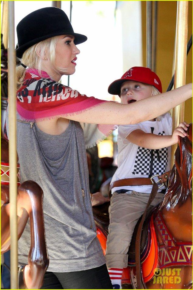 Gwen Stefanie 5bea1fc7714d