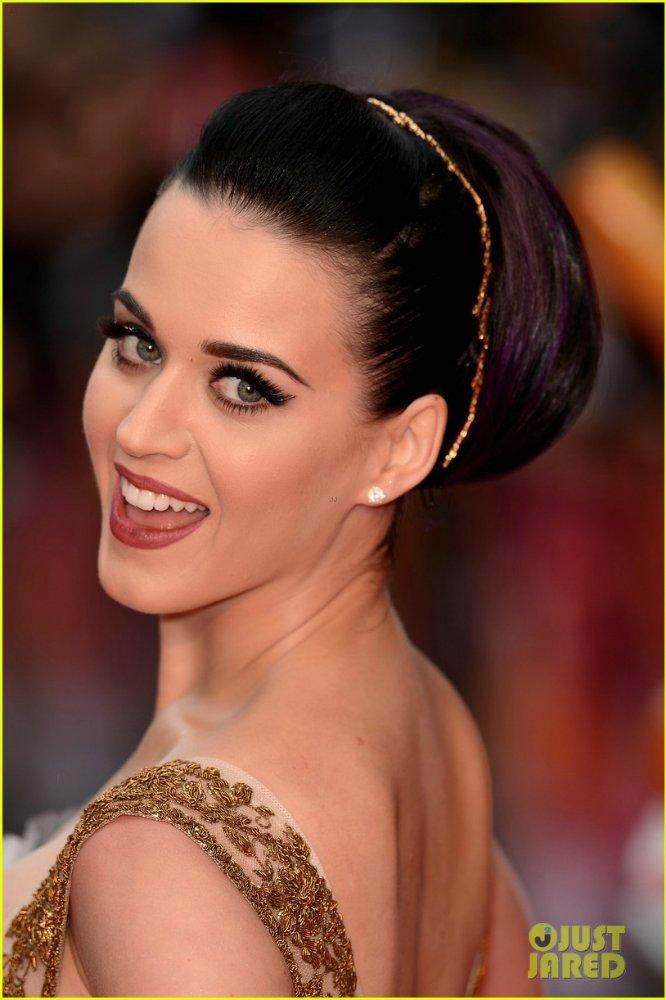 Katy Perry | Кэтти Перри - Страница 6 8a3f8ee67009