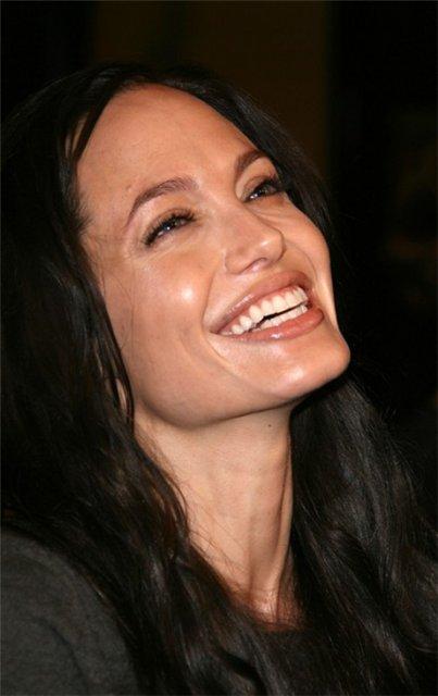 Анжелина Джоли / Angelina Jolie - Страница 2 60ab457a33b5