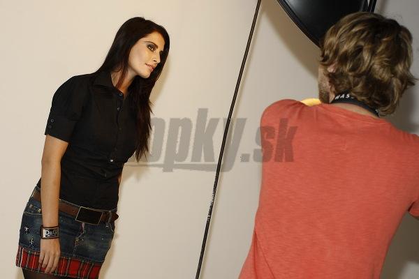 Official thread of Barbora Franekova - Miss Slovakia World 2009 - Page 2 85fa0a894835