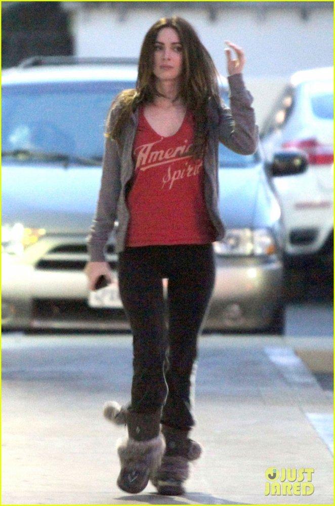 Megan Fox - Страница 4 5b632f2d3e88