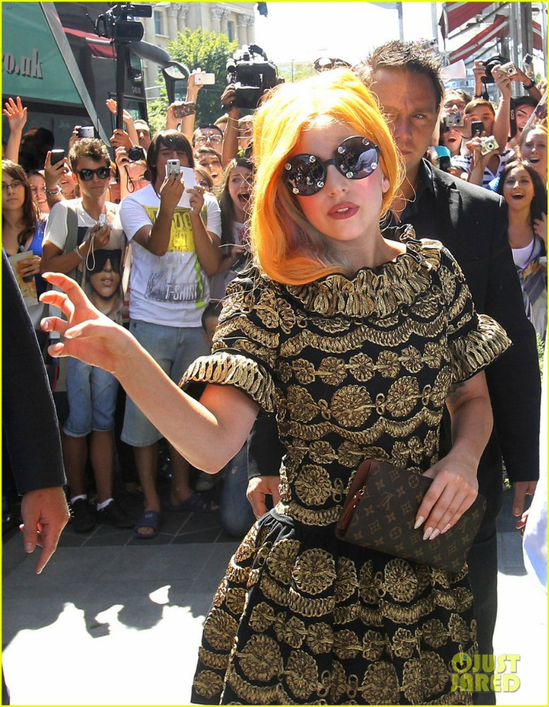 Lady GaGa  - Страница 4 Ba8f1d3a61aa