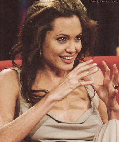Angelina Jolie / ანჯელინა ჯოლი 708ef828a563
