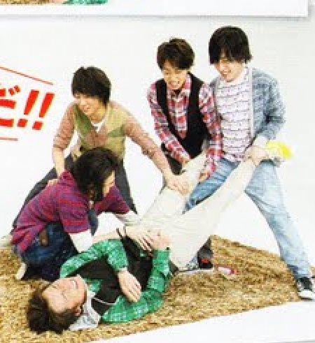 ARASHI. Радужные мальчики - 2 - Страница 6 4d03bebd9111