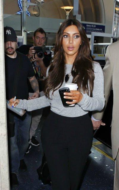 Kim Kardashian  - Страница 2 1497b7e692de