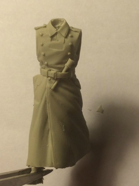 Немецкий офицер (1/35) 5860e769bd17