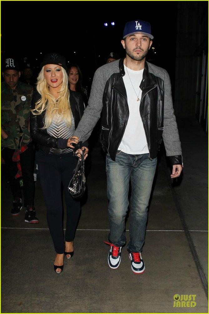 Christina Aguilera  - Страница 11 98eb09977ab5