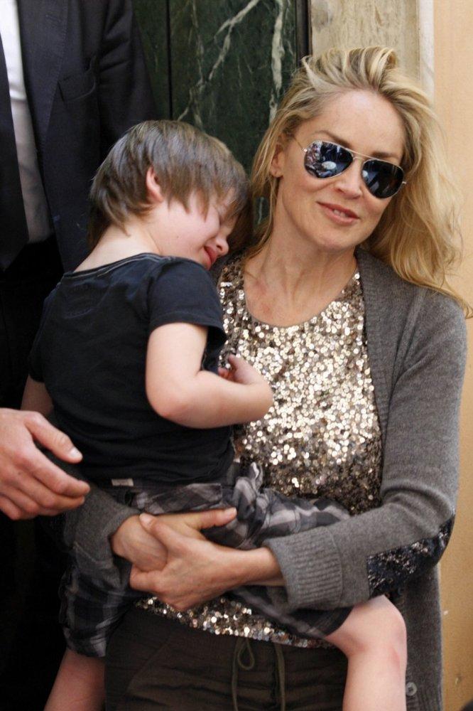 Sharon Stone | Шэрон Стоун - Страница 2 2d04fe281507