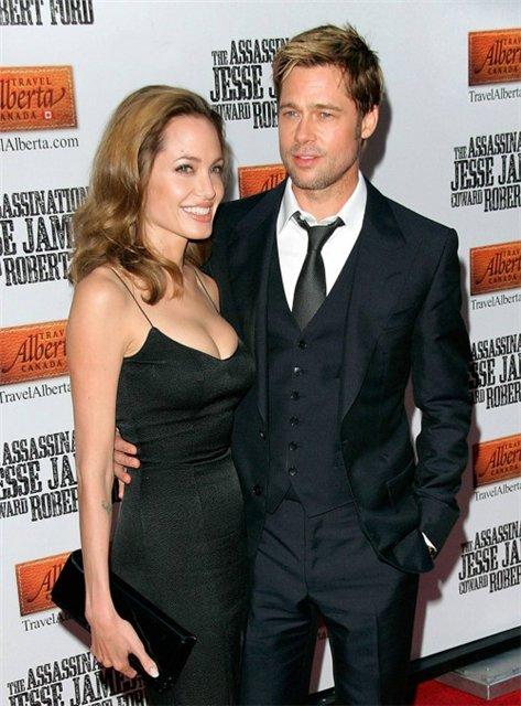 Анжелина Джоли / Angelina Jolie - Страница 2 70b6d5bef65a