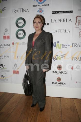 Жаклин Андере / Jacqueline Andere - Страница 2 02205fd8cf54