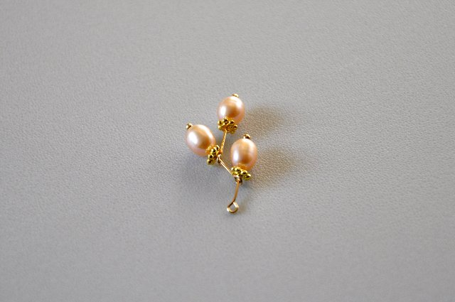 pearl necklace 37f493c6ddff
