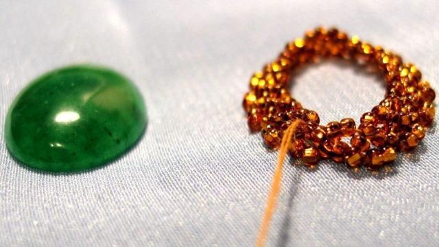 Как прикрепить камни в бисерной вышивке? 5c66dc5d8a4d